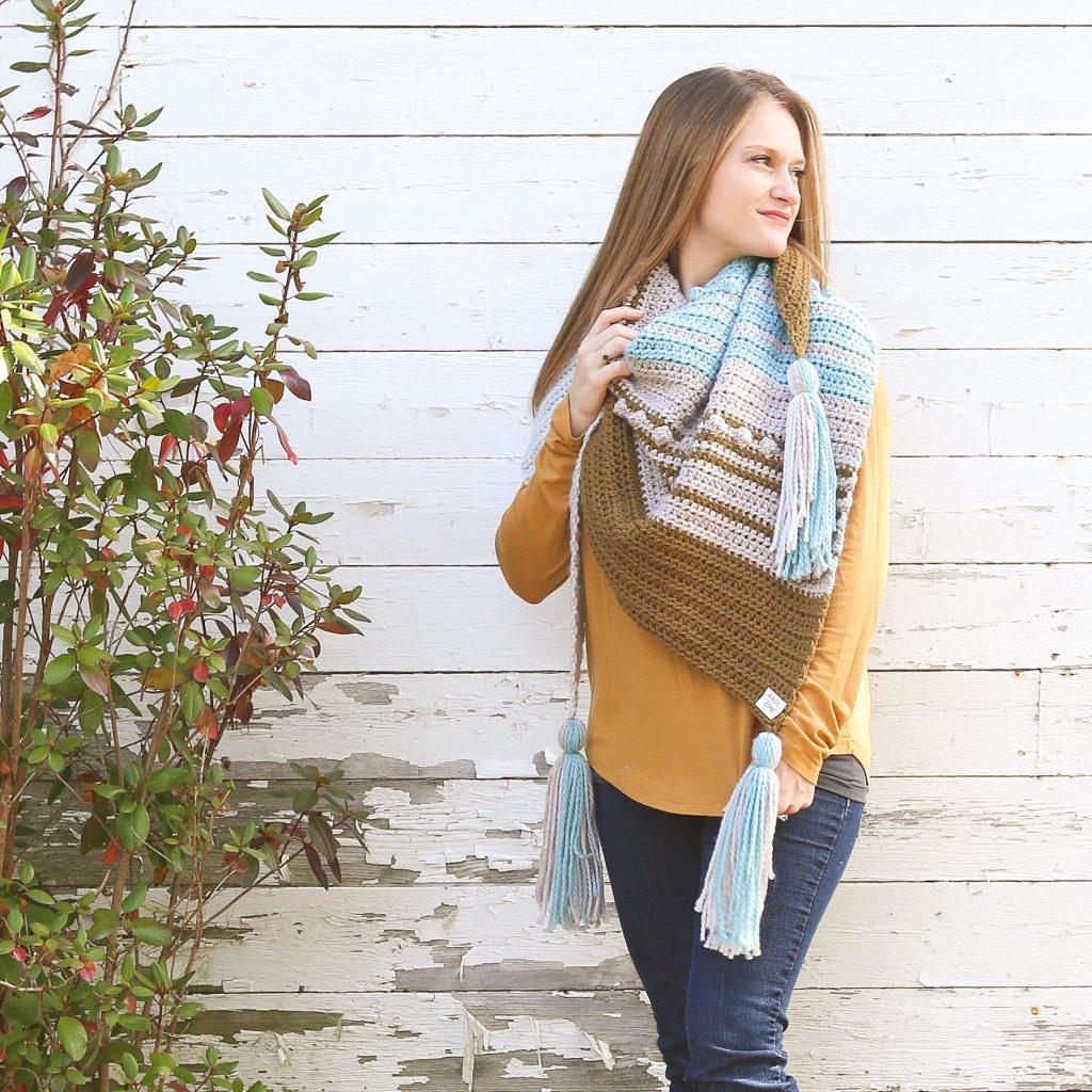 Simple Crochet Triangle Scarf