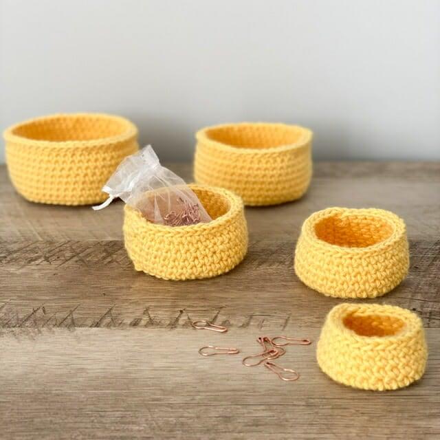 how to crochet a nesting basket